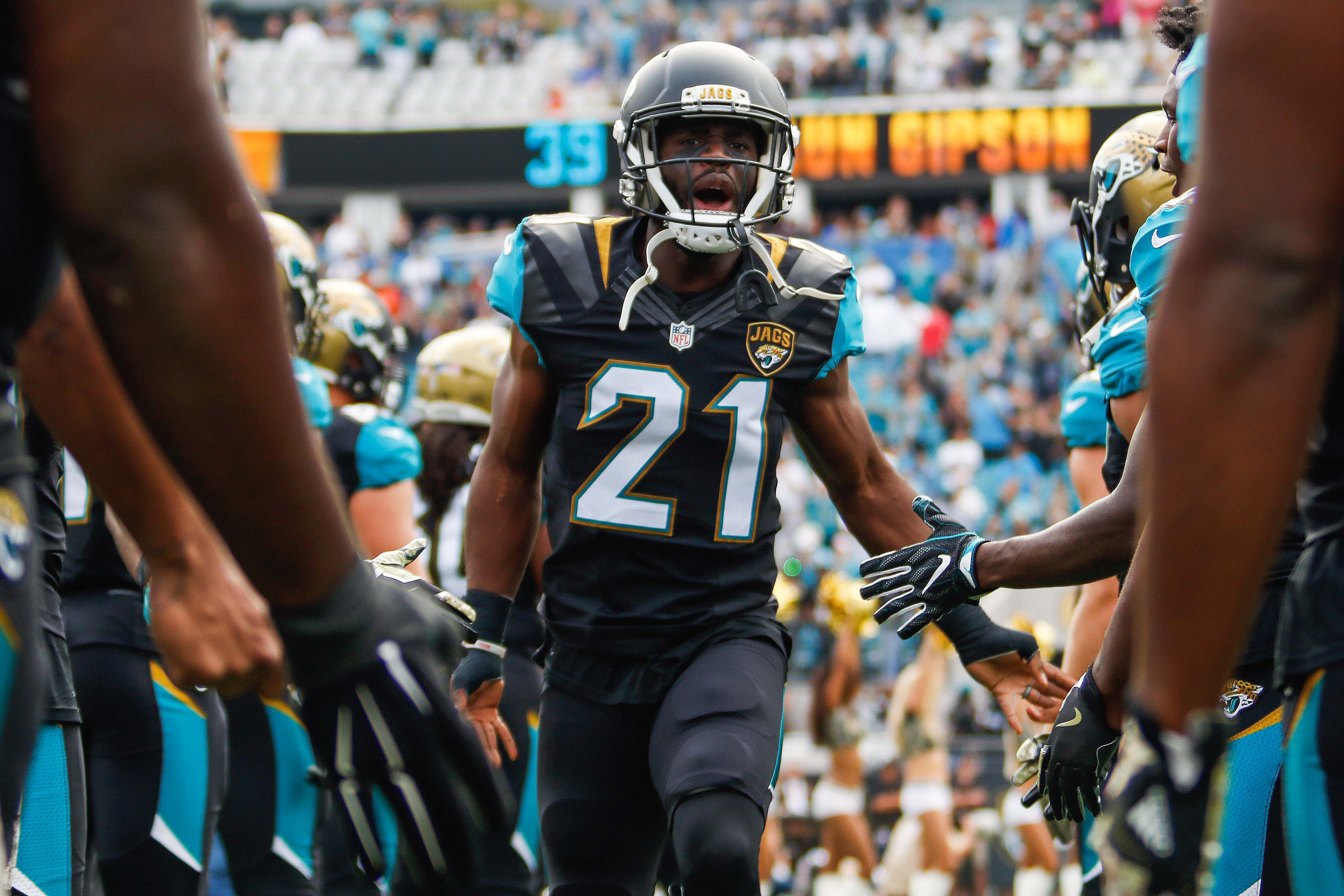 Houston Texans 3 free agent cornerbacks that could replace A J